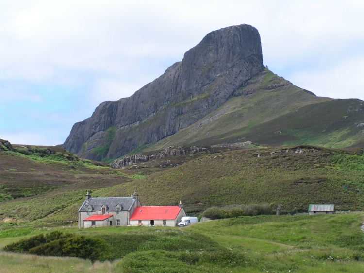 An Sgurr, the highest hill on the Inner Hebridean island of Eigg, Lochaber, Highland, Scotland.  Photo by James Gray August 2005